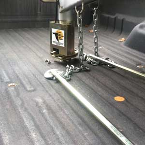 How do you hook up gooseneck hitch